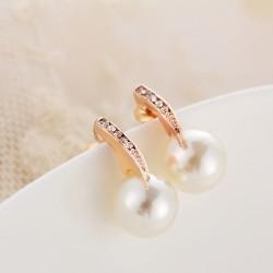 Pendientes perla blanca y...